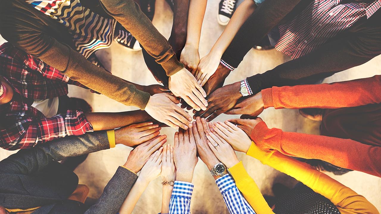 optimizar tu negocio alineando tu equipo de ventas y marketing
